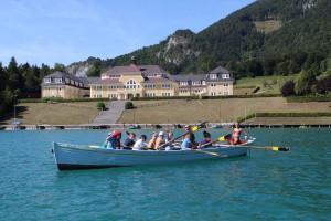 Rudern vor dem Ferienhort am Wolfgangsee