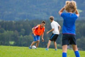Fußball spielen im Feriencamp August 2017
