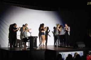 Musik machen und Theater spielen im Ferienhort Sommercamp im August 2017
