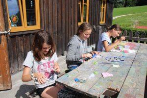 Sommerferien Kreativ-Kurs mit Zeichnen, Malen usw. im Special-Camp 2017